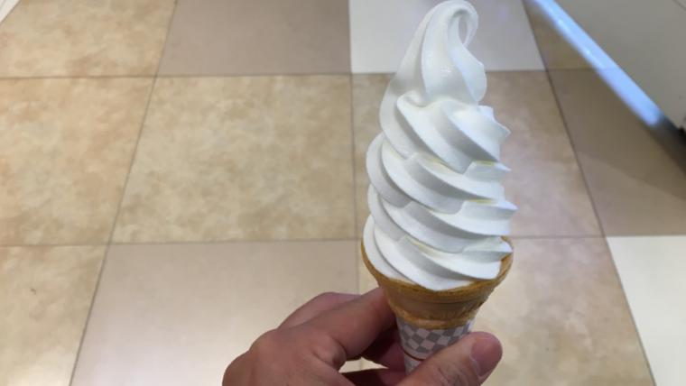 雪印パーラーのソフトクリーム